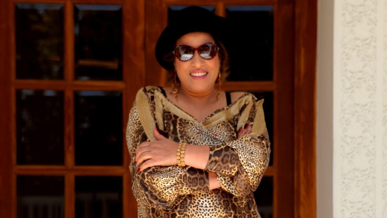 نشرت الفنانة نجاة عتابو عبر الإنستغرام صورة لها بزي تقليدي ومجوهرات أمازيغية أرفقتها بتعليق تهنئ من خلالها متابعيها بالسنة الجديدة