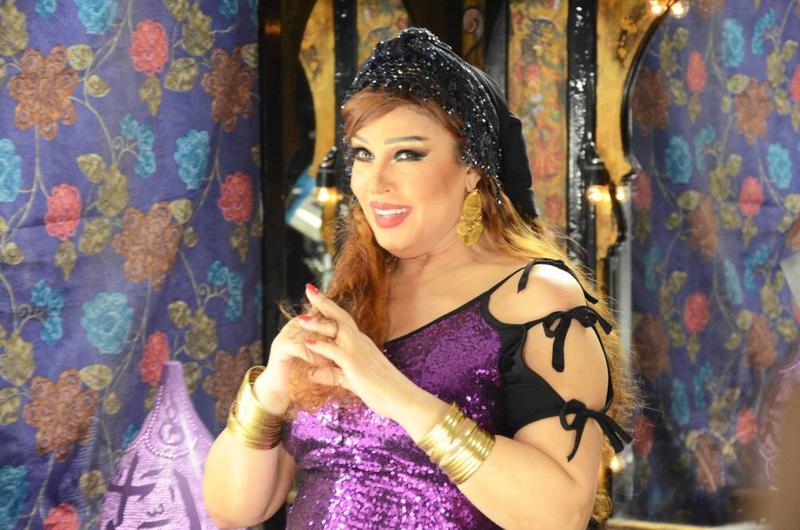 سددت الفنانة فيفي عبده 107 آلاف جنيه تعادل ربع قيمة الضرائب والغرامات المفروضة عليها بعد تهربها من إثباتها بإقرارها الضريبي