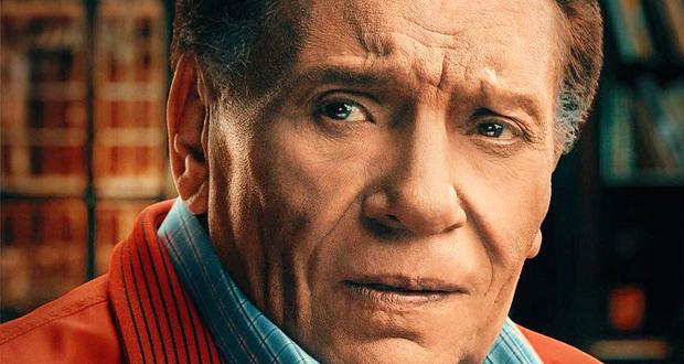 """وجهرجل الأعمال المصري نجيب ساويرس رسالة إلى الفنان عادل إمام عبر موقع """"تويتر"""" يدعوه فيها لحضور الدورة الثانية من مهرجان """"الجونة السينمائي"""""""