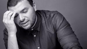 الفنان رامي صبري يهدد زوجته بالإنفصال أمام الجمهور