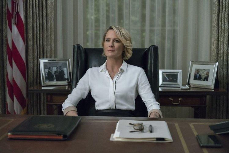"""طرحت شبكة """"نتفليكس"""" الإعلان الدعائي الرسمي للموسم السادس والأخير من مسلسل """"House Of Cards"""" من بطولة النجمة العالمية روبين رايت"""