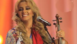 عصام كاريكا يجمع مايا دياب وزينة الداودية لأول مرة فى لبنان