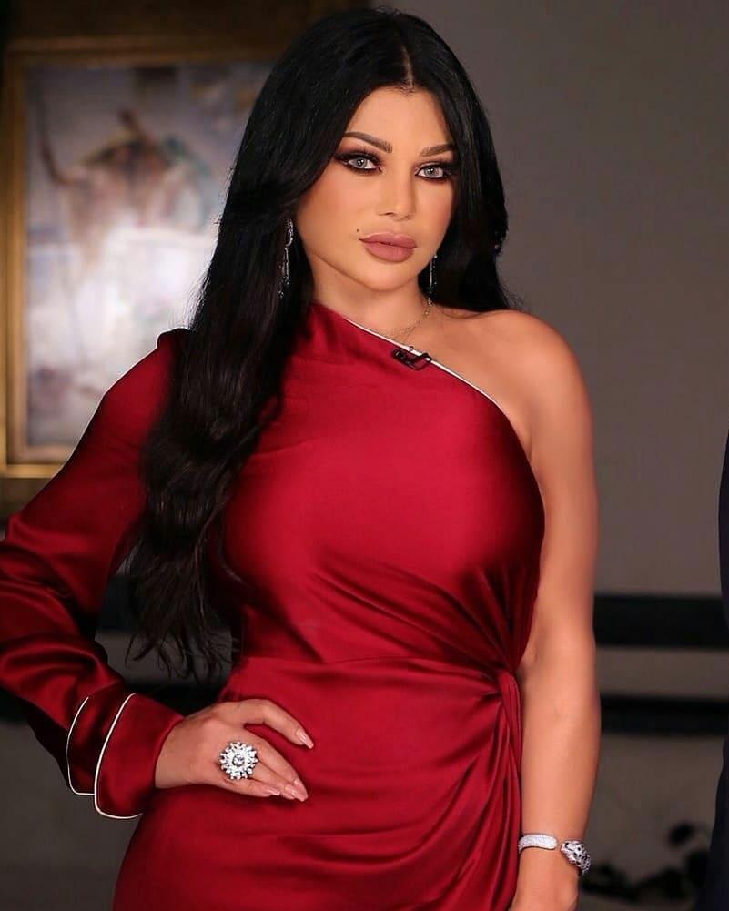 كشفت تقارير صحفية لبنانية أن الفنانة هيفاء وهبي أصيبت بمرض في الكبد، وتتلقى العلاج حاليا في إحدى مستشفيات بيروت
