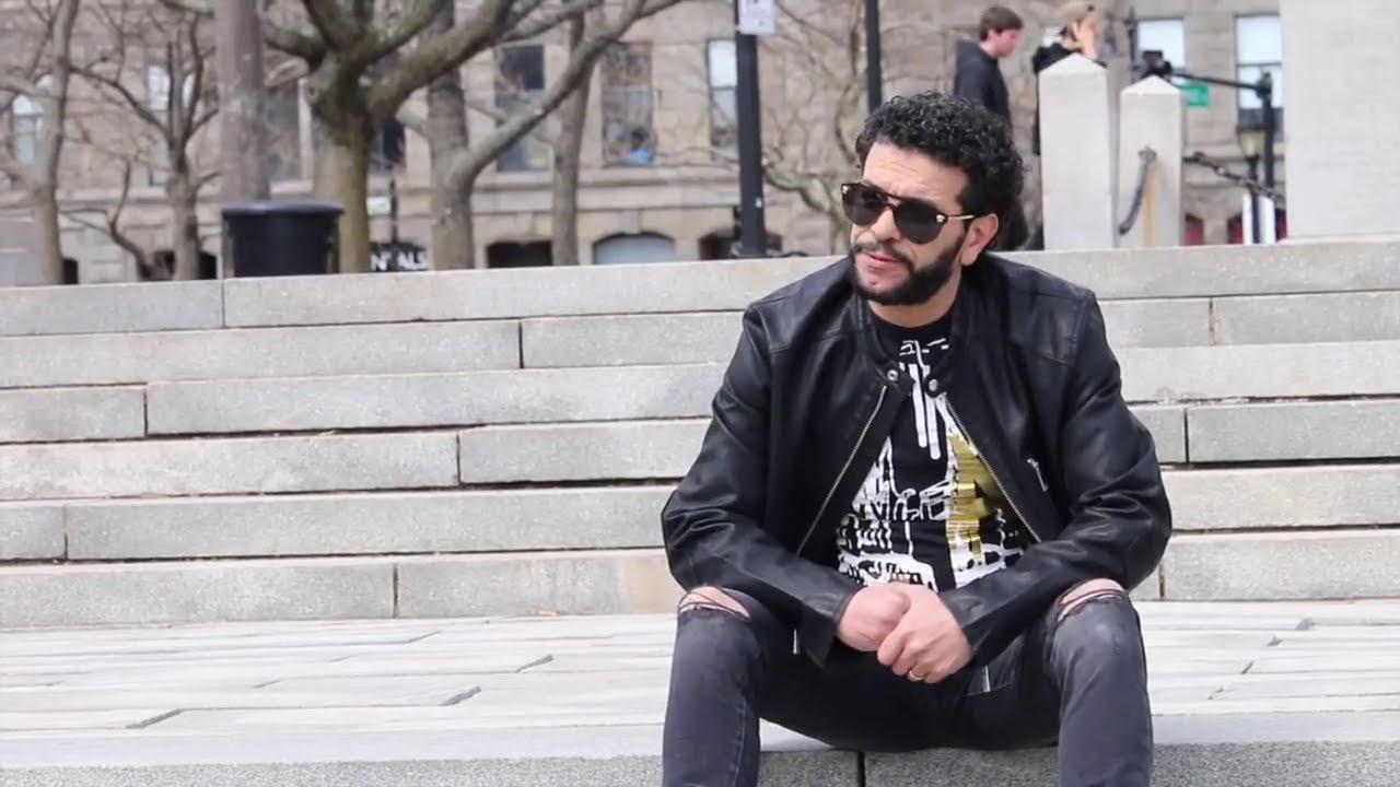 يرتقب أن يلتقي الفنان الجزائري الشاب نصرو بجمهوره المغربي، بعد غيابه عن الساحة الفنية لمدة تجاوزت 20 سنة، من خلال النسخة الجديدة لمهرجان الراي الذي تحتضنه مدينة وجدة