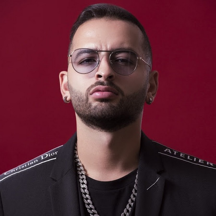 يستعد الفنان المغربي أمينوكس خلال الأيام القادمة لطرح أغنية جديدة عبر قناته الرسمية بموقع يوتيوب تكريما لروح شابين لقيا حتفهما أثناء تصويرهما فيديو كليب